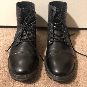 Men's Lugz black faux leather dress shoes 10